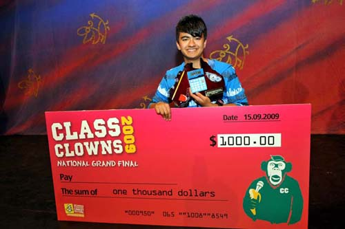 2009_classclownswinner_neelkolhatkar-1.jpg
